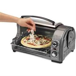 Easy Reach 4-Slice Toaster Oven, Metallic - 31334Z