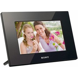 DPF-D710 - 7 Inch WVGA LCD (16:10) Digital Photo Frame (Black) w/ Remote