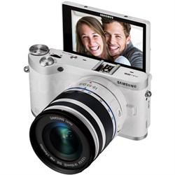 NX300M Mirrorless Digital Camera/18-55mm f/3.5-5.6 ED Lens (White) - OPEN BOX