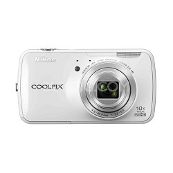 COOLPIX S800c 16MP 3.5 inch LED Digital Camera - White