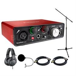 Scarlett Solo USB Audio Interface (2nd Gen) w/ Headphone Bundle