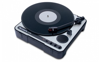 Ion - Numark PT01 Portable DJ Turntable