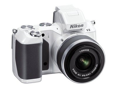 1 V2 14.2 MP HD Digital Camera with 10-30mm VR 1 NIKKOR Lens (White)