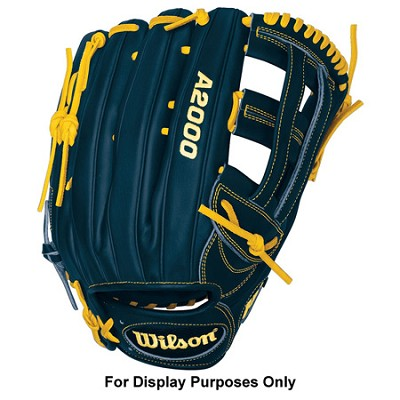 A2000 Ryan Braun Game Model Fielder Glove - Left Hand Throw - Size 12.75`