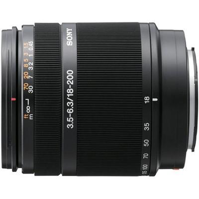 SAL18200 - 18-200mm f/3.5-6.3 DT Aspherical Autofocus Lens for Sony Alpha DSLR's