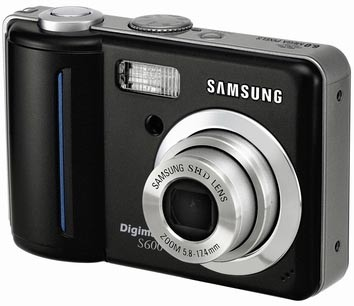 Digimax S600 6.0 mega-pixel Digital Camera (Black)