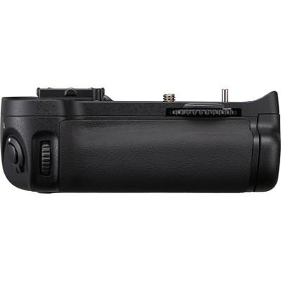 MB-D11 Multi-Power Battery Pack for Nikon D7000 Digital SLR Camera
