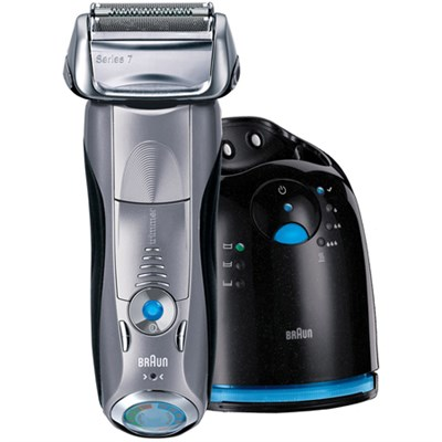 Series 7 790cc Cordless Electric Foil Shaver w/ Clean/Charge Station ***AS IS***