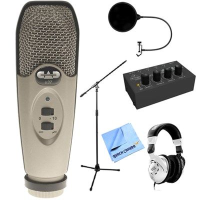 USB Large Diaphragm Cardioid Condenser Microphone + Headphone Amp Pack