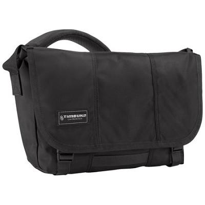 Classic Messenger Bag, Medium (Black)