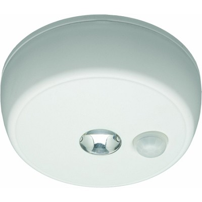 MB 980 Battery-Operated Indoor/Outdoor Motion-Sensing LED Ceiling Light, White