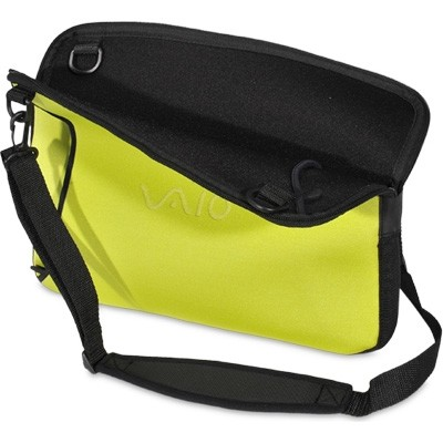 VAIO VGPAMC9/G Reversible 15.5` Notebook Sleeve - Black and Green