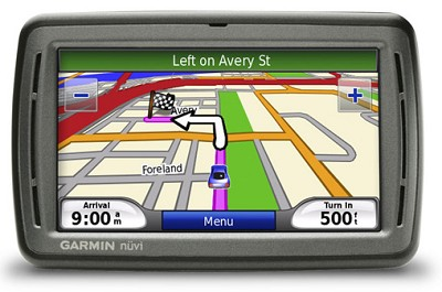 nuvi 880 GPS Navigator & Personal Travel Assistant w/ Speech Recognition