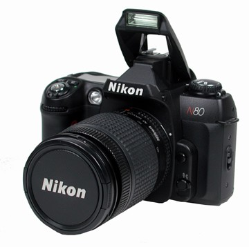 N80 QD w/ Nikon 28-100mm LENS  CAMERA KIT WITH ONE YEAR NIKON USA WARRANTY
