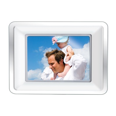 DP-772  7` WIDESCREEN DIGITAL PHOTO FRAME with MP3 PLAYER