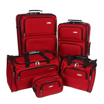 Luggage Lightweight 5 Piece Nested Travel Set (Ruby Red)